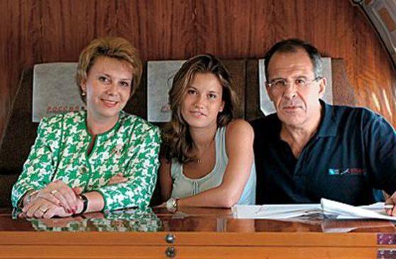 Жена Сергея Лаврова (фото)