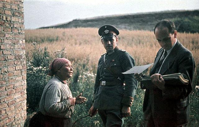 Почему Гитлер хотел истребить всех цыган