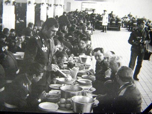 солдат в Советской армии