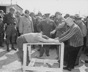 Пытки в концлагерях. Самые страшные пытки в истории человечества.