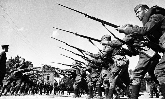 Почему фашисты так боялись вступать в рукопашный бой с русскими