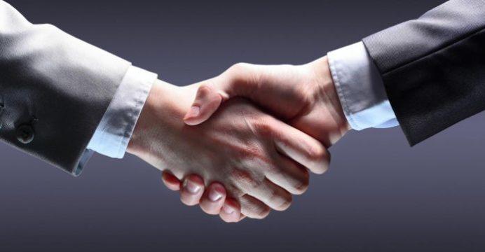 Вызывающий доверие человек должен использовать в общение следующие фразы