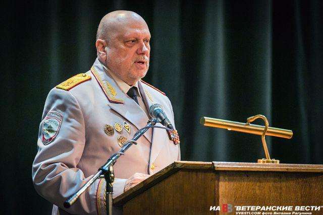 Александр Михайлов