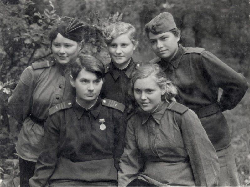 Женщины в Великой Отечественной войне фото