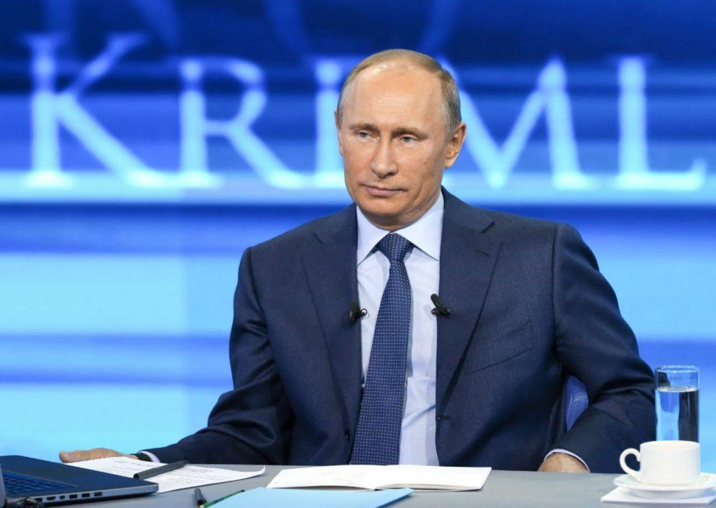 Именно поэтому Путин ни в коем случае не должен идти на дебаты с претендентами