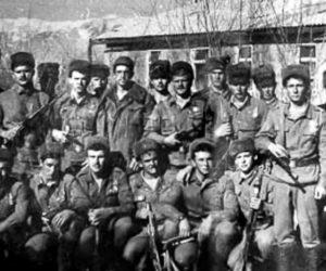 бойцами 9-й роты