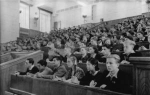 Образование в СССР. Профессиональное и специальное. Как учили в Советском Союзе