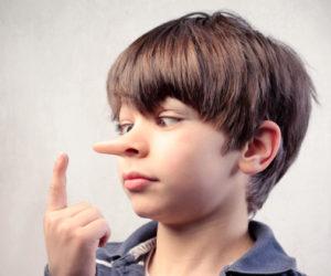 Ребенок врет - что делать? Почему дети обманывают