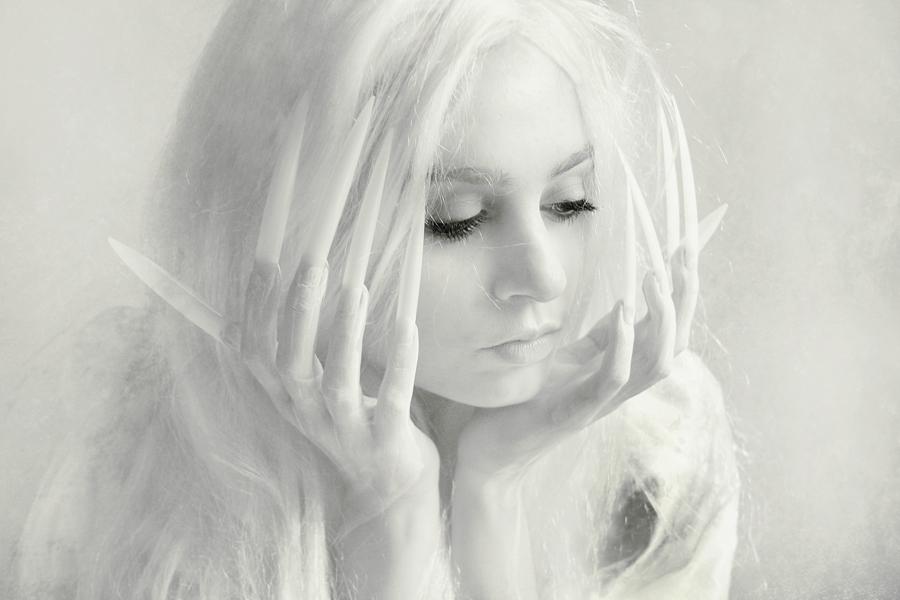 белая ведьма