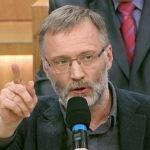 «Остановил падение»: Сергей Михеев объяснил, почему россияне голосовали за Путина