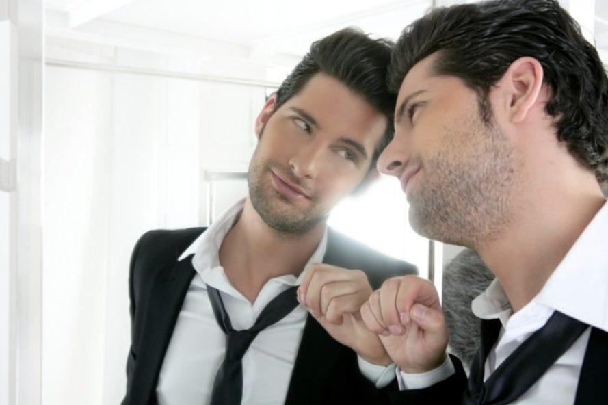 Человек-нарцисс: Почему он стремится выглядеть совершенством
