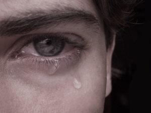 Почему плачет человек