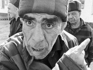 Какие вопросы нельзя задавать заключенным в русской тюрьме