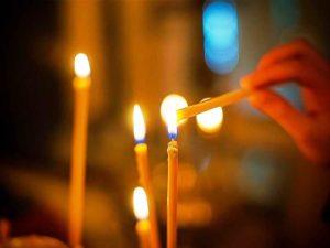 Можно ли ставить одну свечку за нескольких человек в церкви или храме