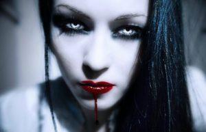 Первая вампирша и ее лесбийская любовь. Пока граф Дракула спал