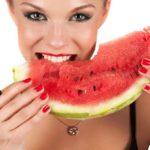 Какие фрукты можно есть с косточками? И почему