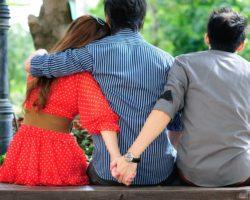 Какие мужчины и женщины более склонны к изменам? Типы таких людей