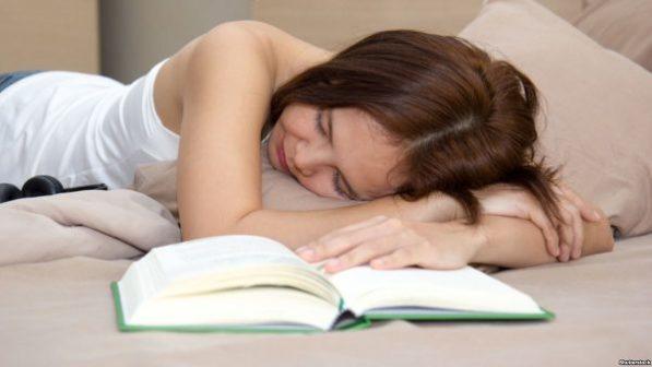 Почему так полезно спать днем