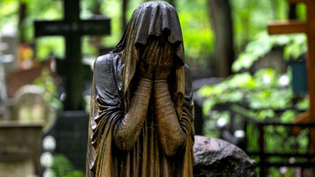 Как уберечься от похоронных жуликов