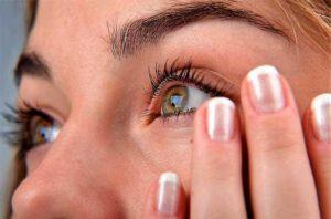 Почему дергается веко одного глаза: причины. Сигналы тела — это то, что оно хочет сказать вам