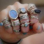 Приметы: Выпал камень из кольца — к чему это и что значит?