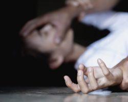 Как привлечь насильника. Вредные советы для женщин