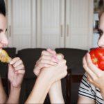 Почему у вегетарианцев психика слабее, чем у мясоедов