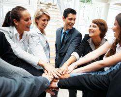 отношения в коллективе
